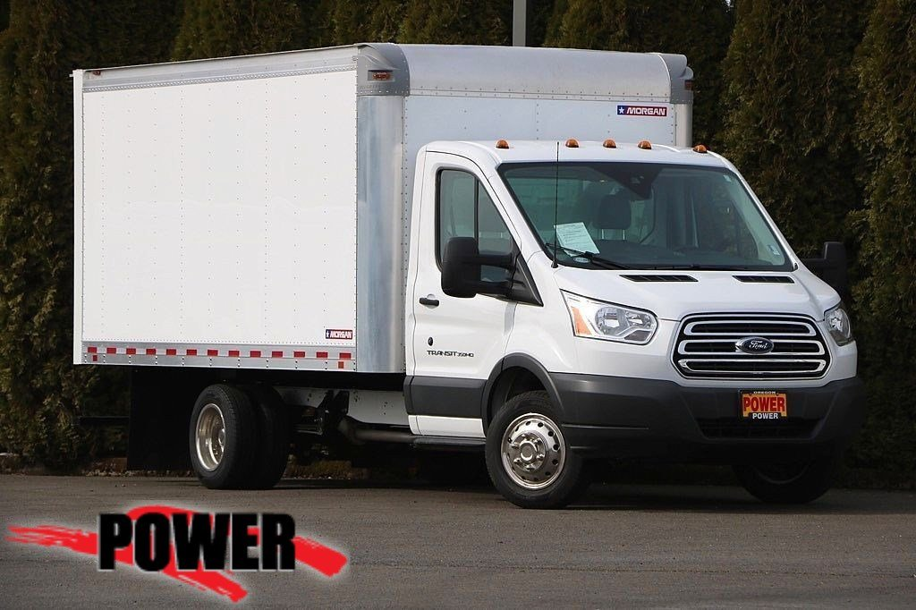 Pre-Owned 2017 Ford Transit Chassis T-350 DRW 156 WB