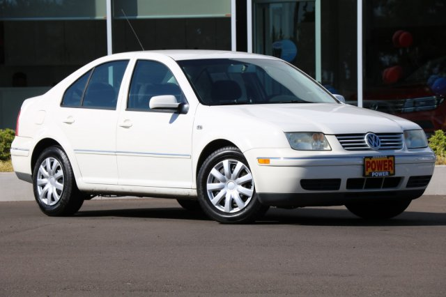 Pre-Owned 2004 Volkswagen Jetta Sedan GL