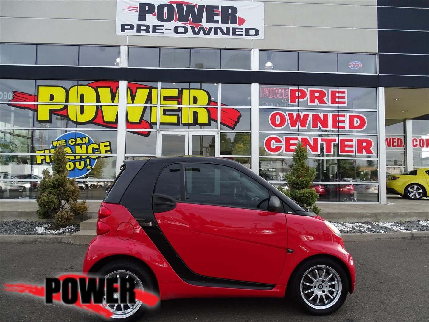 Pre-Owned 2012 smart fortwo Pure