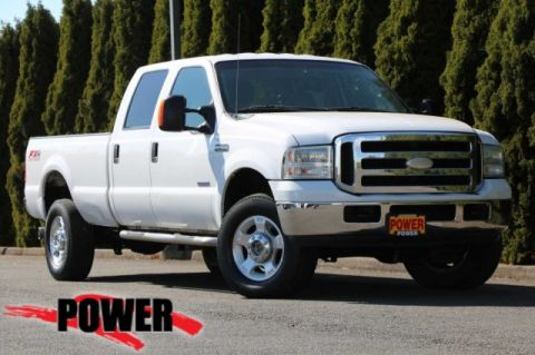 Pre-Owned 2005 Ford Super Duty F-350 SRW XLT