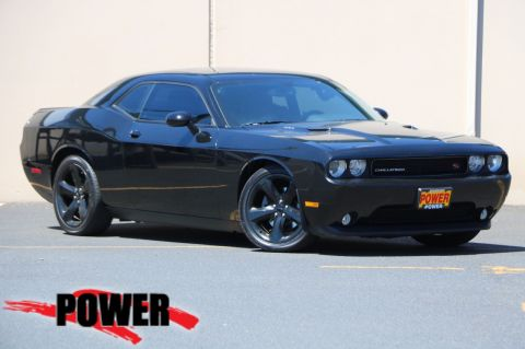 Pre-Owned 2014 Dodge Challenger R/T Plus