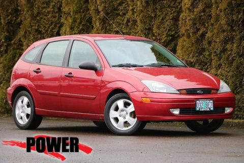 Pre-Owned 2004 Ford Focus ZX5 Base