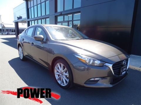 Pre-Owned 2017 Mazda3 4-Door Touring