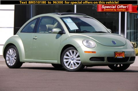Pre-Owned 2008 Volkswagen New Beetle Coupe SE